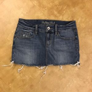 Bullhead Black Distressed Denim Mini Skirt 00